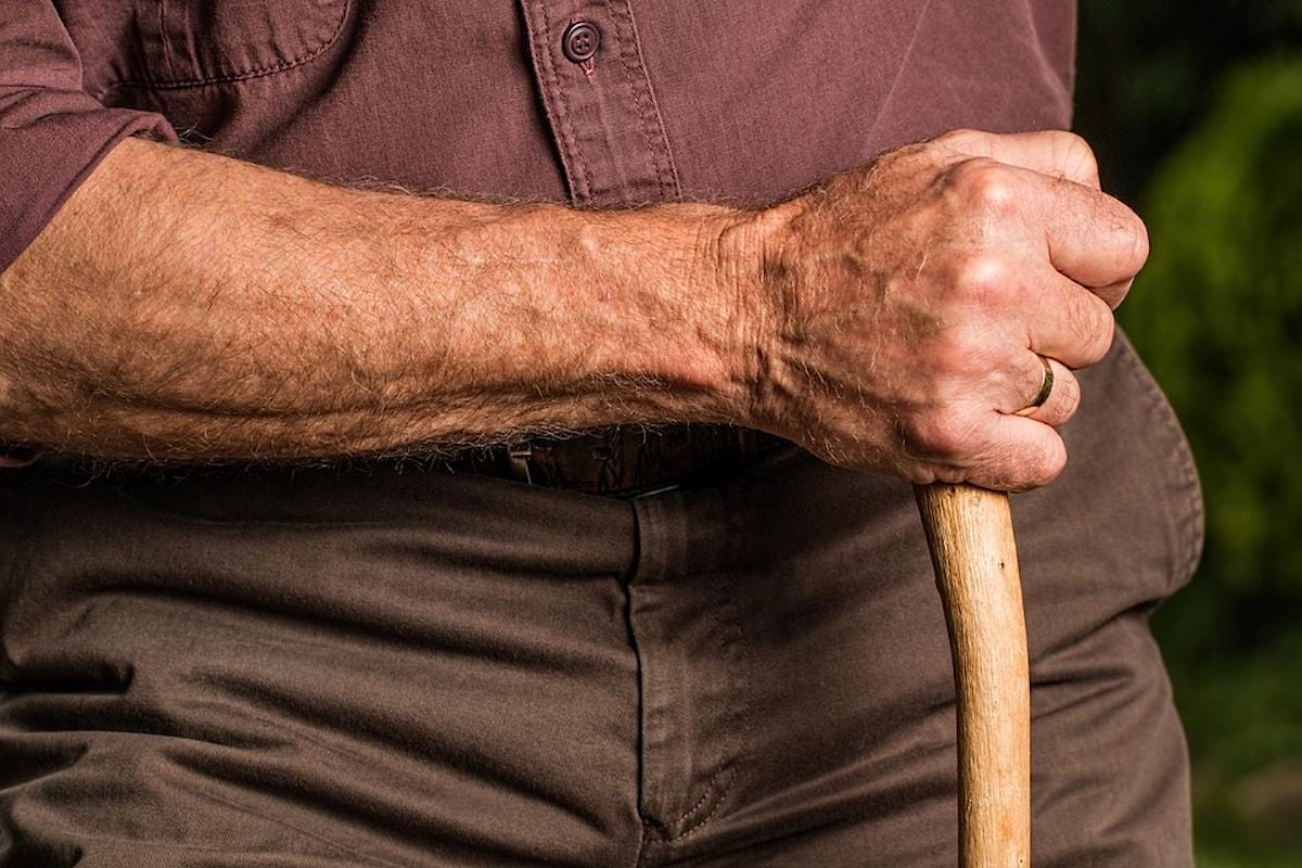Anziani: cosa bisogna sapere sull'indennità di accompagnamento