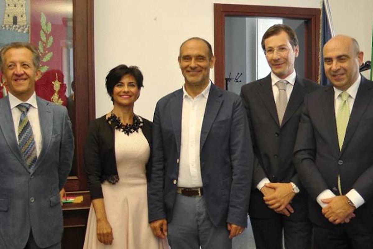 Il Comune ha le casse vuote ma il sindaco di Acireale Alì aumenta le indennità di funzione