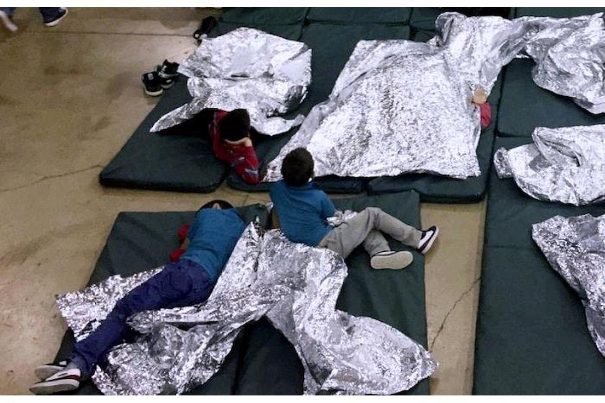 Trump fa il duro sui migranti, dimenticando lo strano caso di Melania...