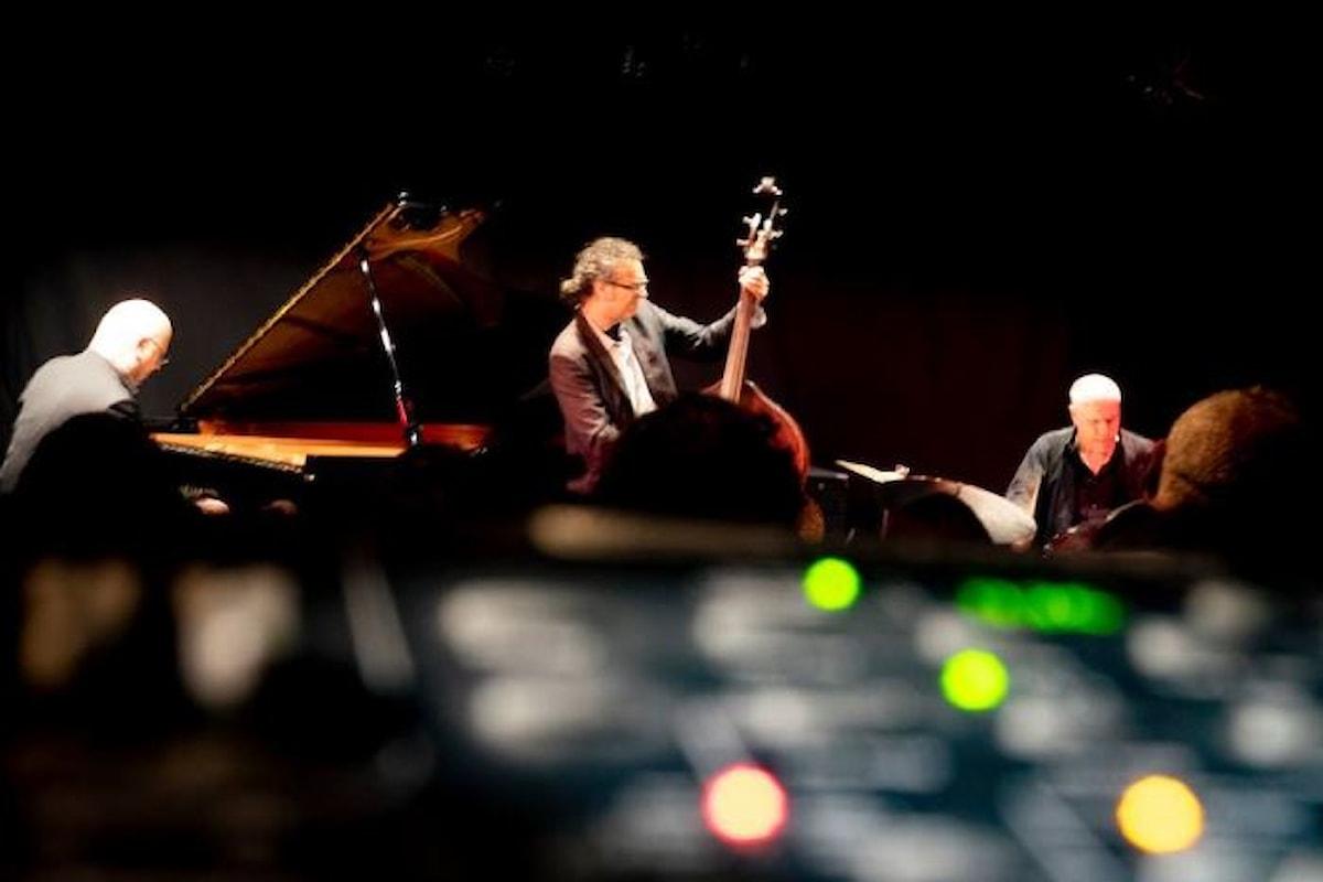 Pino Jodice Jazz Trio dal vivo all'Elegance