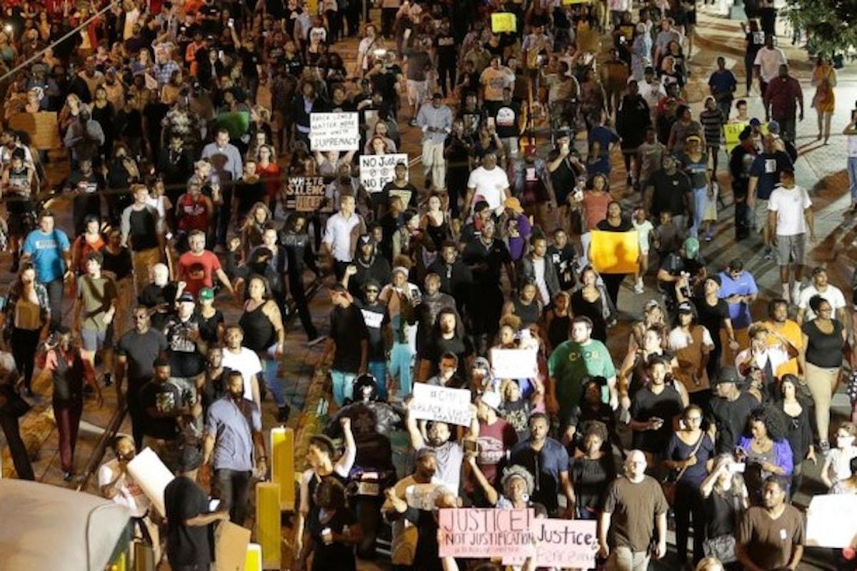 Usa: continuano le proteste a Charlotte. 706 persone uccise dalla polizia nel 2016
