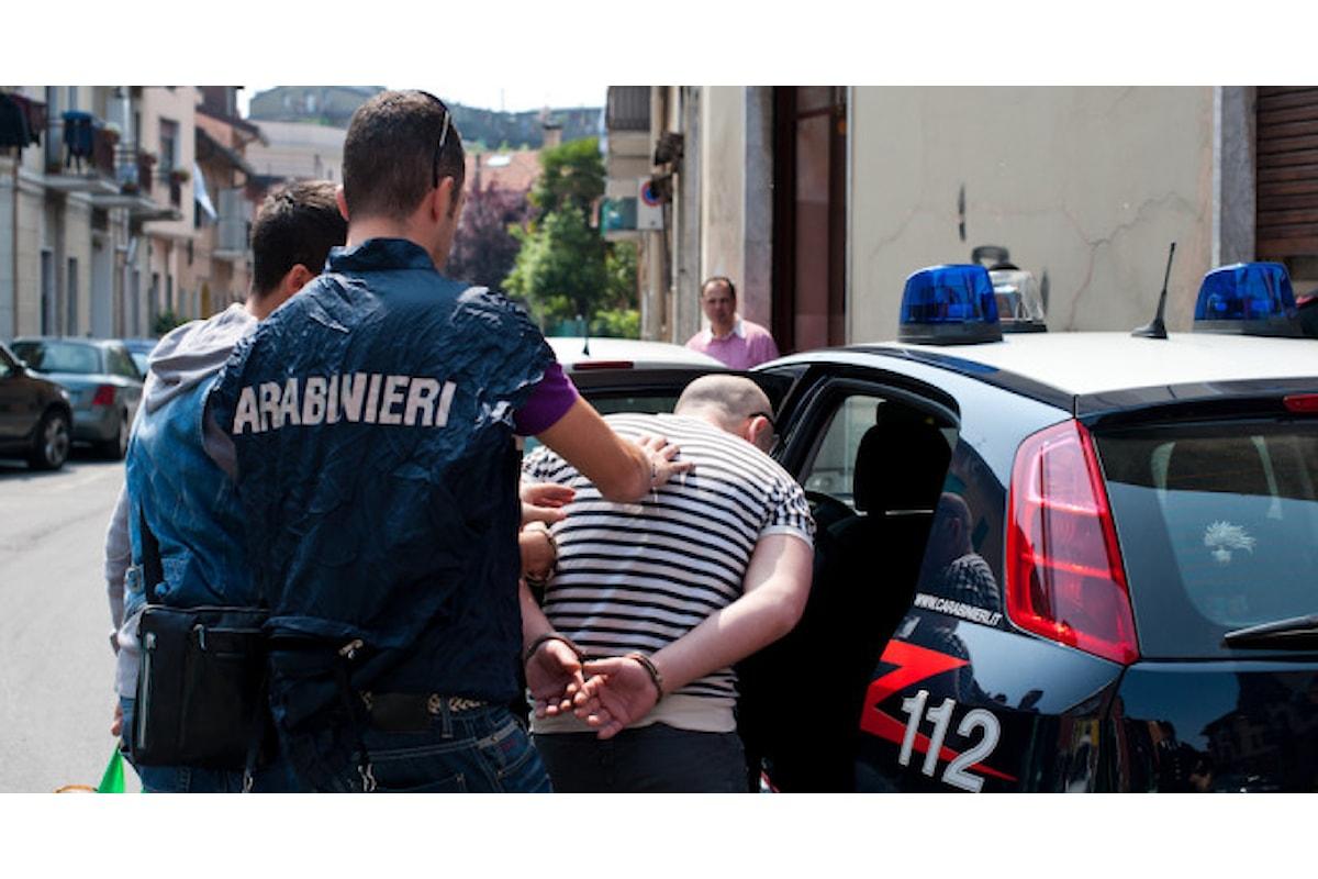 Aggredisce e tenta di rapinare anziana donna, 49enne arrestato nel salernitano