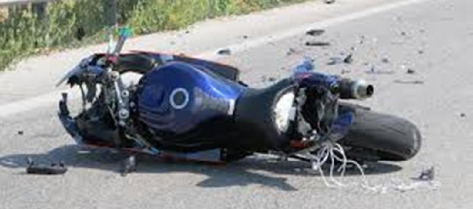 Napoli, incidente stradale in moto: muore 19 enne