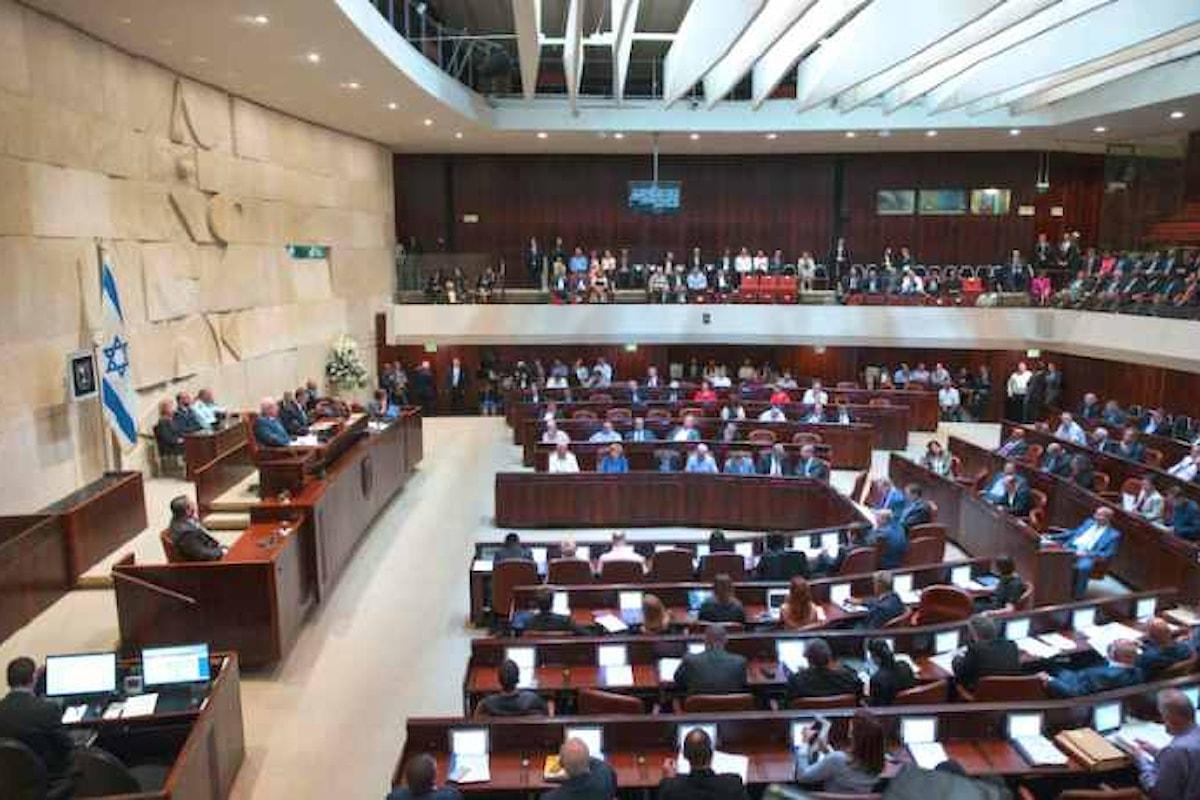 Israele approva la legge per sanare gli insediamenti dei coloni in Cisgiordania