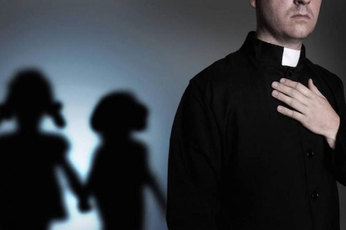 USA, Pennsylvania: in arrivo maxi rapporto su centinaia di preti pedofili
