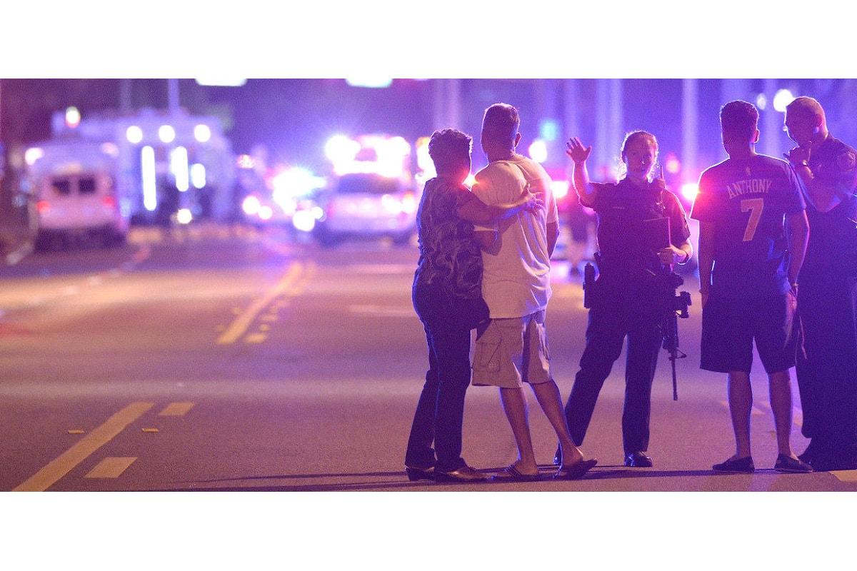 Sparatoria di Orlando, Obama e Clinton vicini alle minoranze; Trump li attacca