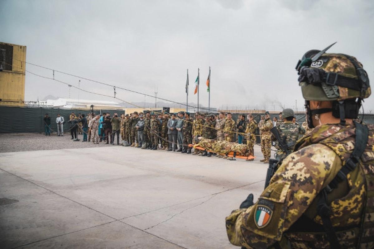 Afghanistan, militari italiani addestrano primo plotone afgano per tecniche di combattimento ad alta quota