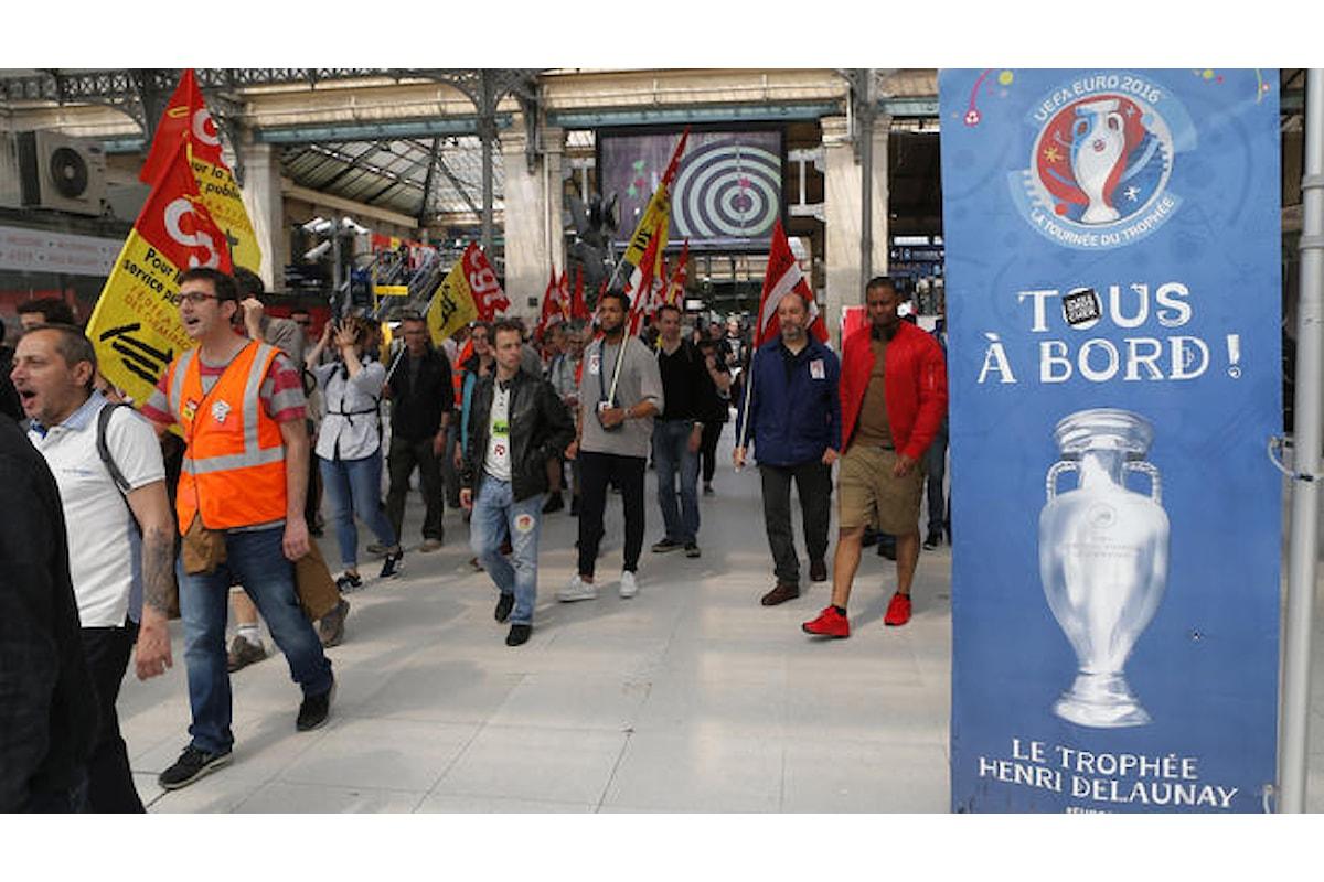 In Francia l'inizio di Euro 2016 non ferma gli scioperi