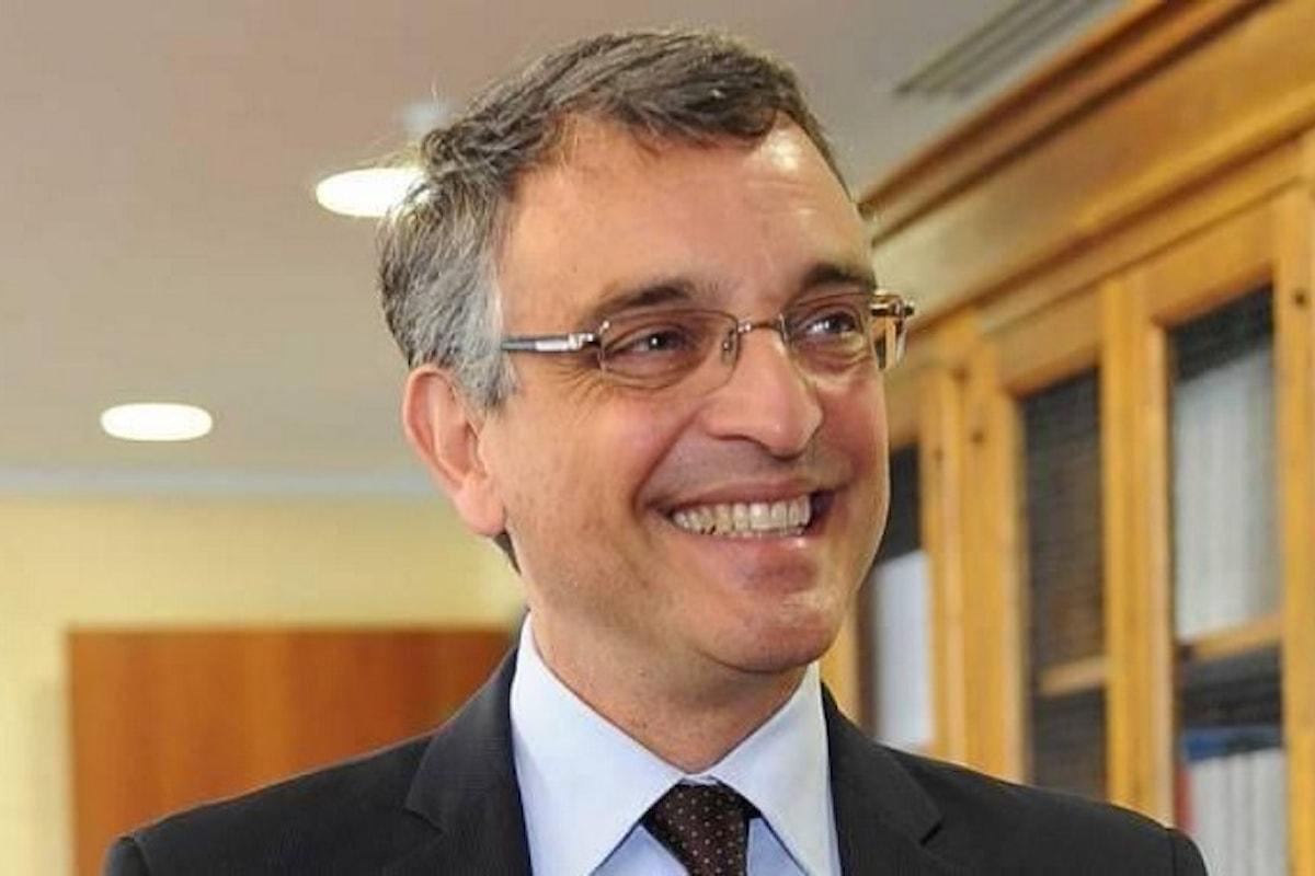 Il procuratore di Arezzo Rossi avrebbe omesso di riferire alla Commissione d'inchiesta su banche e finanza delle indagini su Pierluigi Boschi