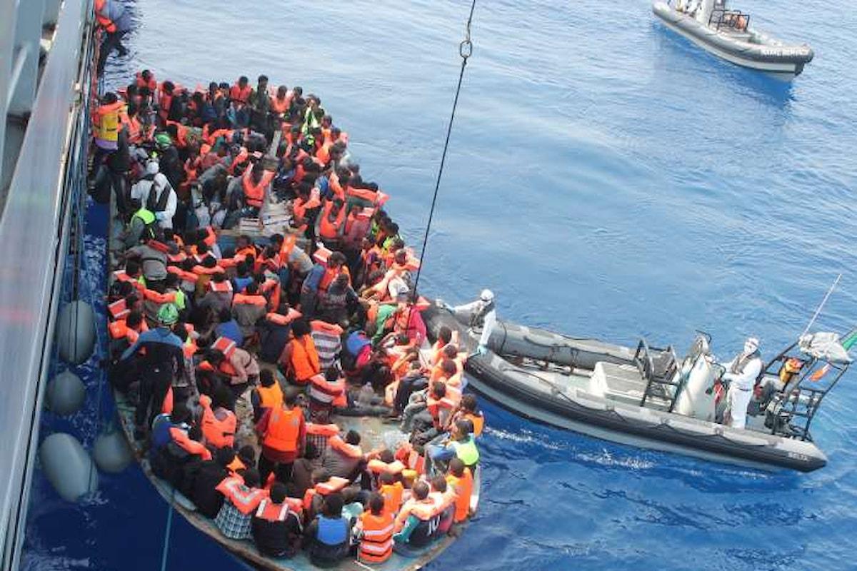 Novemila migranti in più per Gentiloni adesso sono una vera emergenza