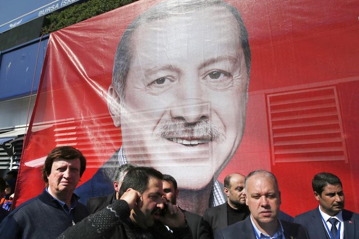 La Turchia ha votato per diventare una repubblica presidenziale, ma in realtà sarà una monarchia assoluta