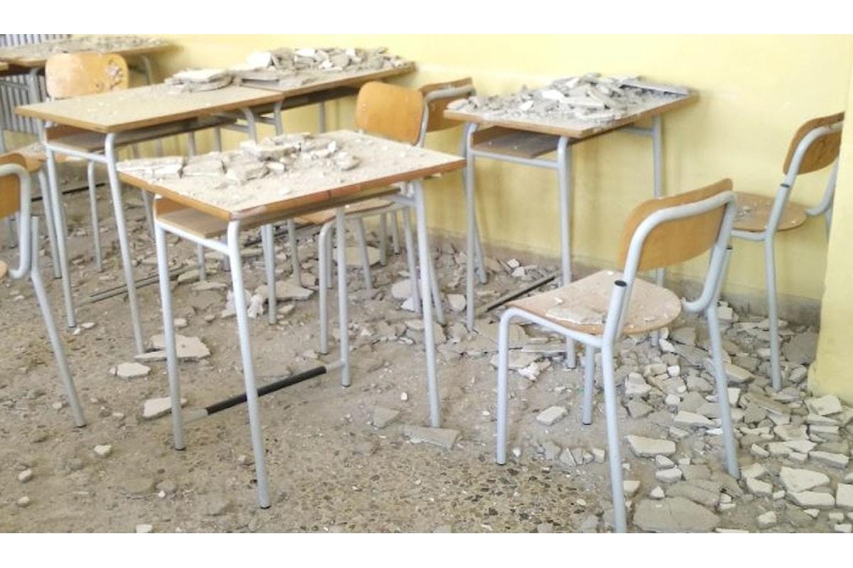 La buona scuola di Renzi continua a crollare