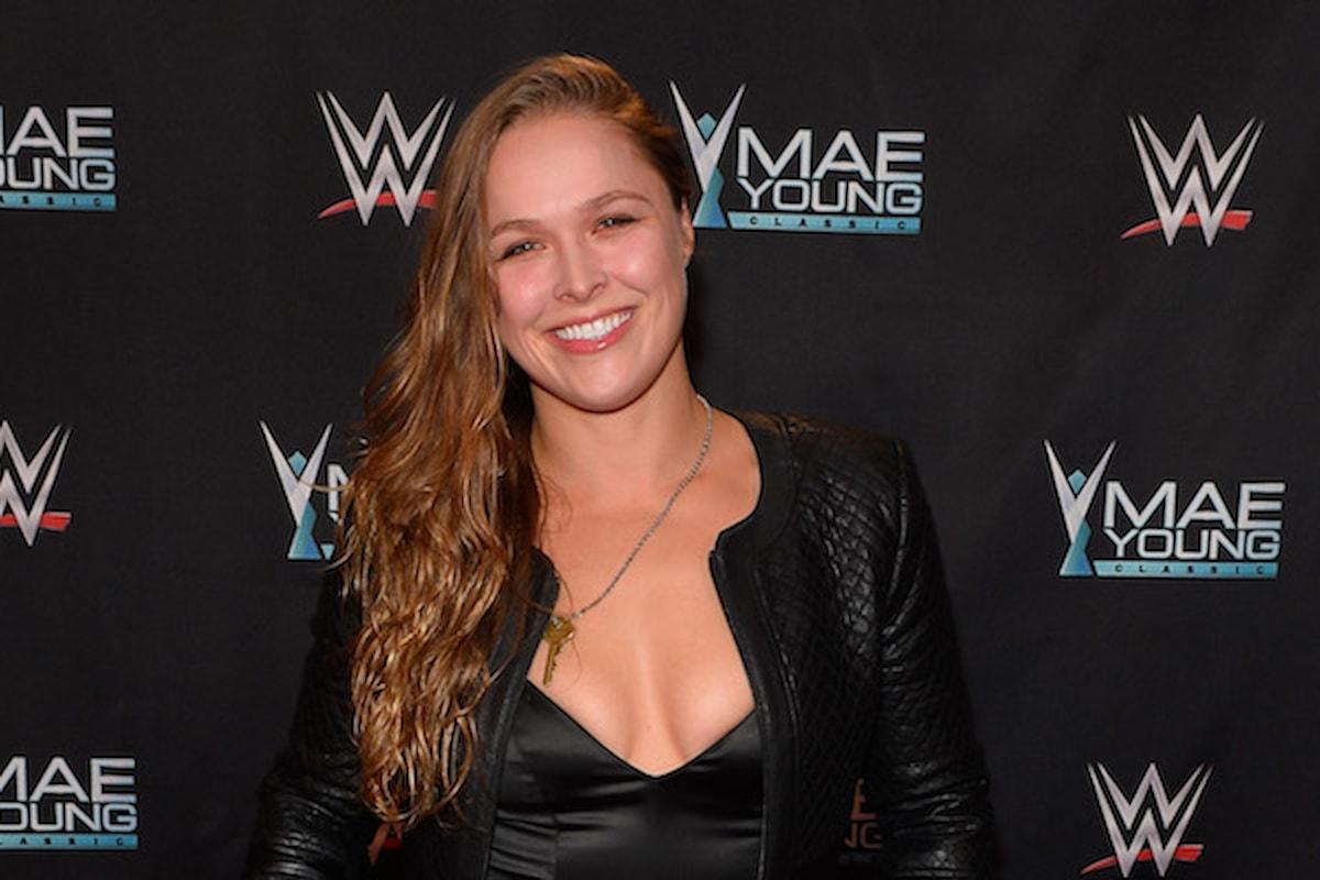 La Campionessa Ronda Rousey ha firmato un contratto con la World Wrestling Entertainment