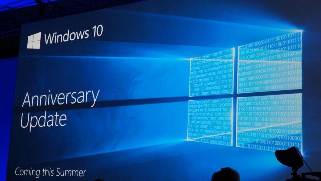 Windows 10 Redstone: quasi terminate le fasi di sviluppo   Surface Phone Italia