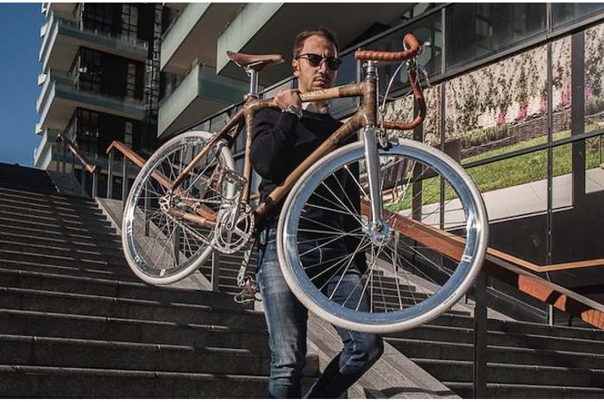 La bicicletta equa e solidale fatta con il bambù adesso è disponibile anche in Italia