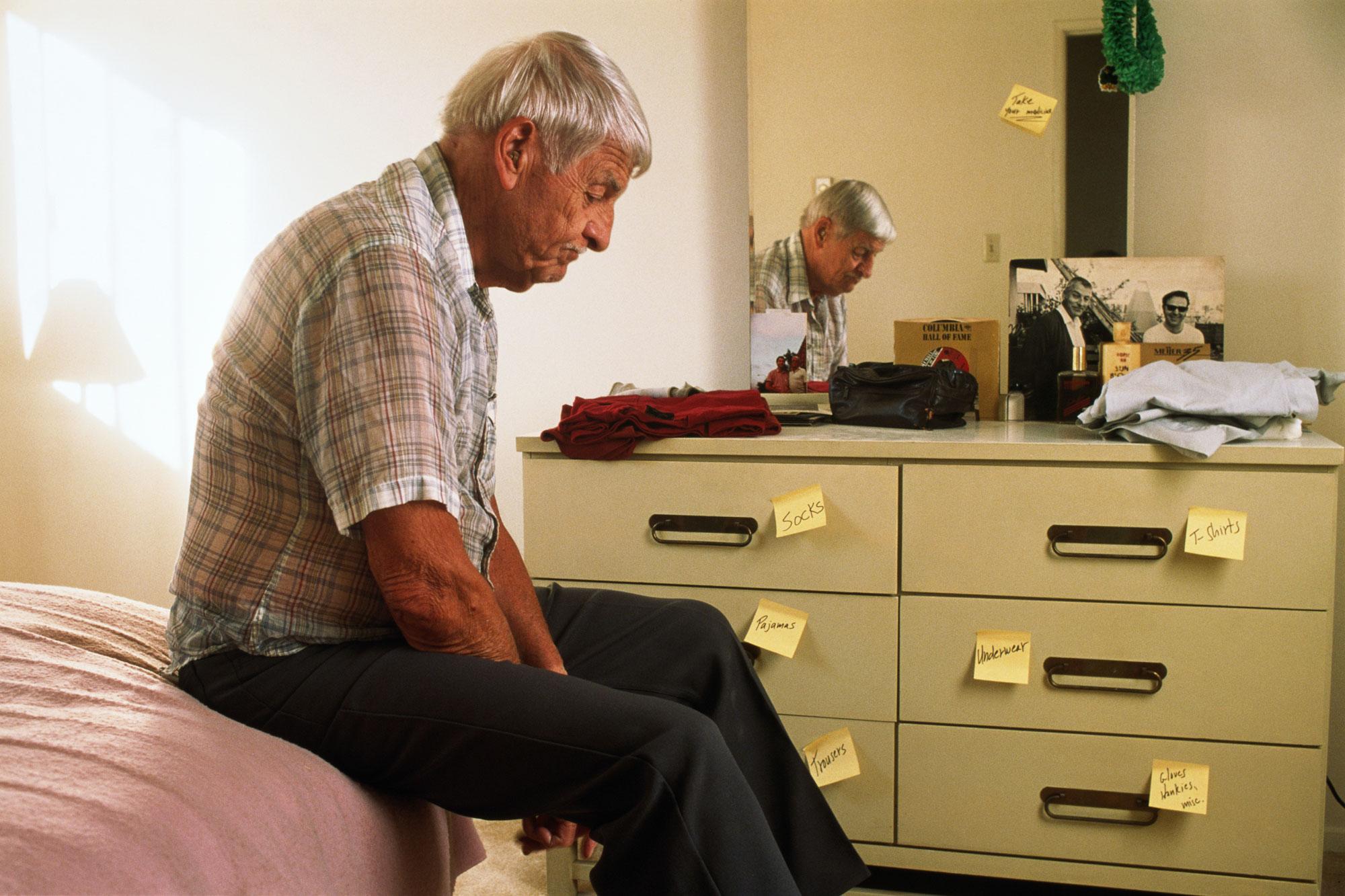 Sintomi Alzheimer: i primi campanelli d'allarme