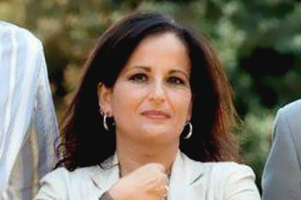 Il M5S espelle il sindaco di Quarto Rosa Capuozzo e attacca il PD