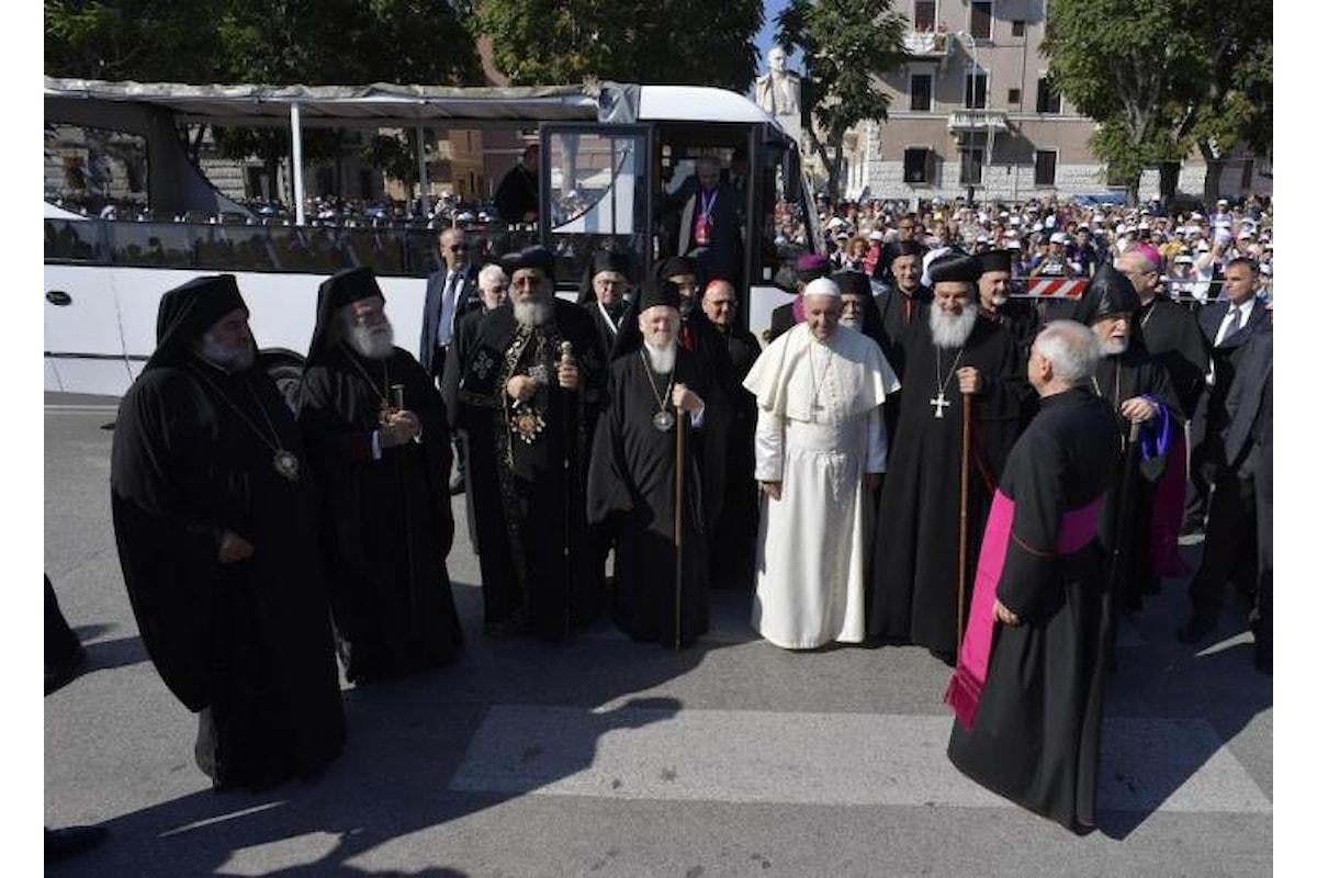 Il Papa a Bari prega per il Medio Oriente