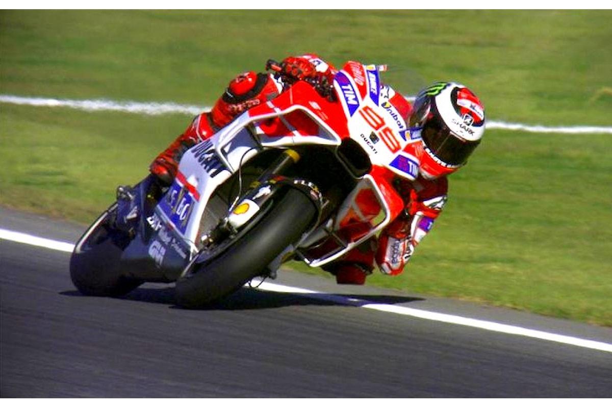 MotoGP, nelle libere sul circuito di Valencia Dovizioso è davanti a Marquez