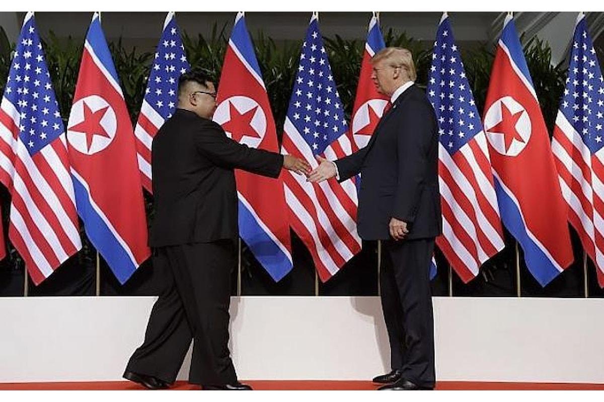 Kim e Trump si sono dati la mano ed hanno firmato un accordo che però è ancora tutto da scrivere