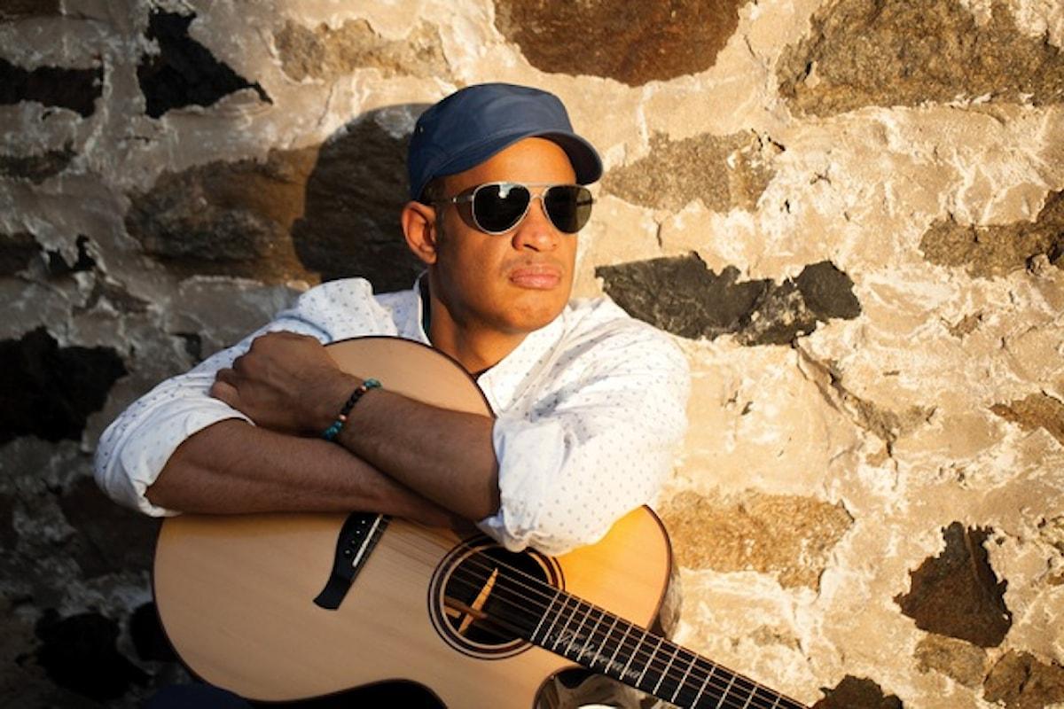 Raul Midón, il chitarrista USA che piace a Hancock e Snoop Dogg dal vivo all'Elegance