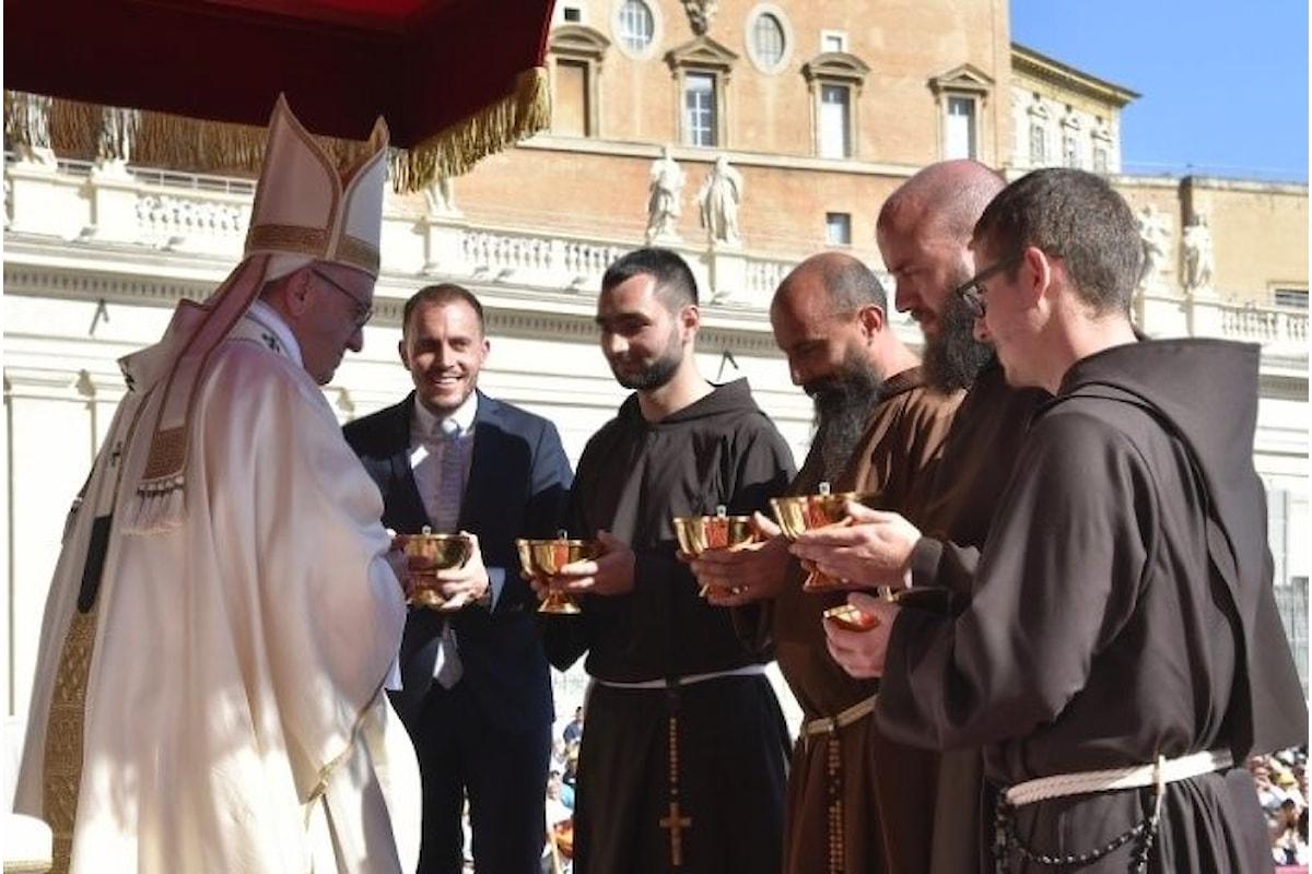 Domenica 15 ottobre papa Francesco ha canonizzato 35 nuovi beati