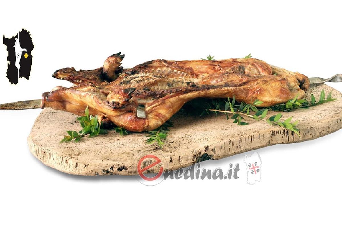 Il maialetto sardo arrosto, aromi di Sardegna anche fuori dalla Sardegna